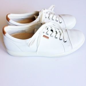 Ecco Soft 7 white leather cushioned sneakers